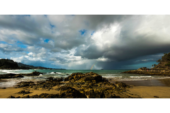 <p>Charlesworth Bay Storm - Highly Commended - Digital: Panorama <small>&copy; Neil Anderson</small></p>