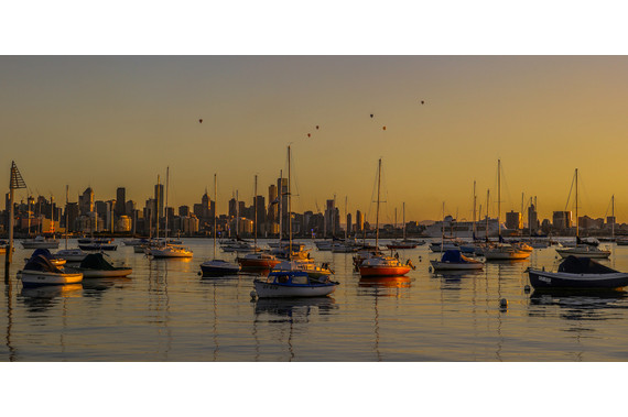 <p>1st - A Grade: Open Print - Sunrise Over Melbourne <small>&copy; Karl Zeller</small></p>