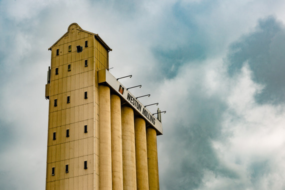 <p>2nd - B Grade: Set Print: Architecture - North Melbourne Silo <small>&copy; Robert Moyses</small></p>